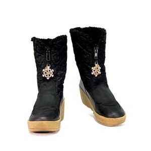 JUICY COUTURE- 2006 Limited Edition Winter boots